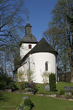 Die Evangelische Kirche in Almersbach.